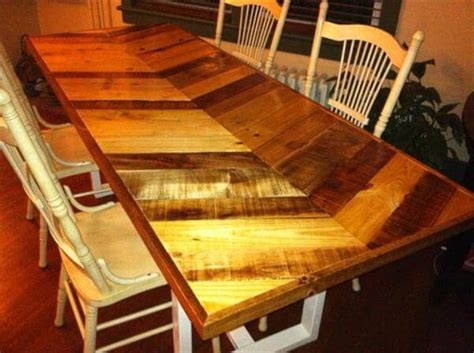 pallet dining room table diy pallet chevron farmhouse dining table 101 pallets