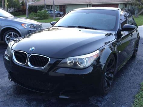 Sell Used 2006 Bmw M5 E60 Smg 7-speed 5.0l Black/gray