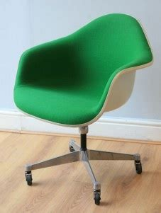 Herman Miller Airia Desk Uk by 1000 Images About Vineet Study On Pinterest