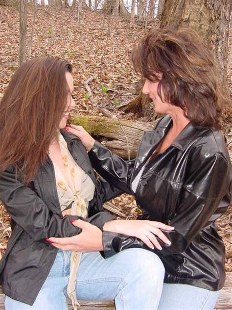 deauxma lesbian sex in the woods pichunter