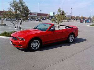 Rent a car ford mustang convertible