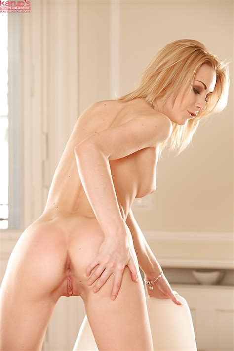 Steaming Hot Blonde Teen Alice Marshall Spreads