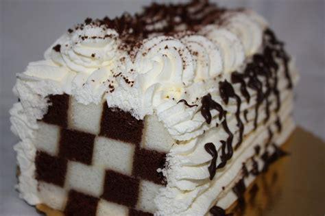 checkerboard cakes decoration ideas  birthday cakes