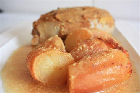 cuisiner les andouillettes andouillette à la lyonnaise daph en cuisine