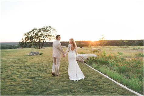 Hill Country Wedding Venue Feature