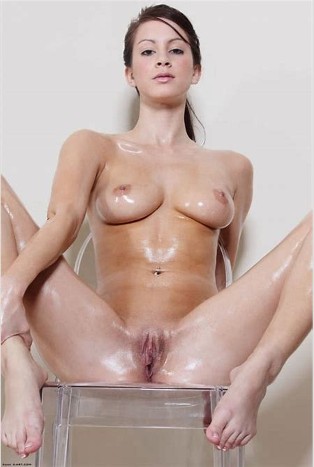 Nude girl with her whole body oiled up - Ass Tits and Girls