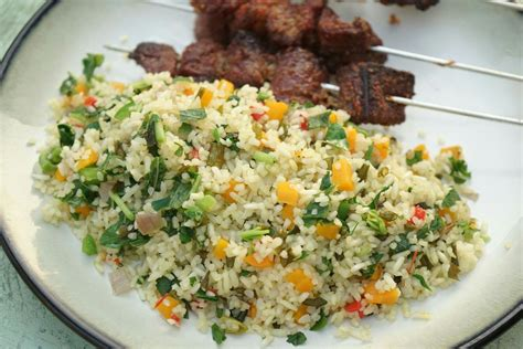 Eating dambun shinkafa with my hausa friends | street food vlog. Dambun Shinkafa | Nigerian food, Food, Food blog