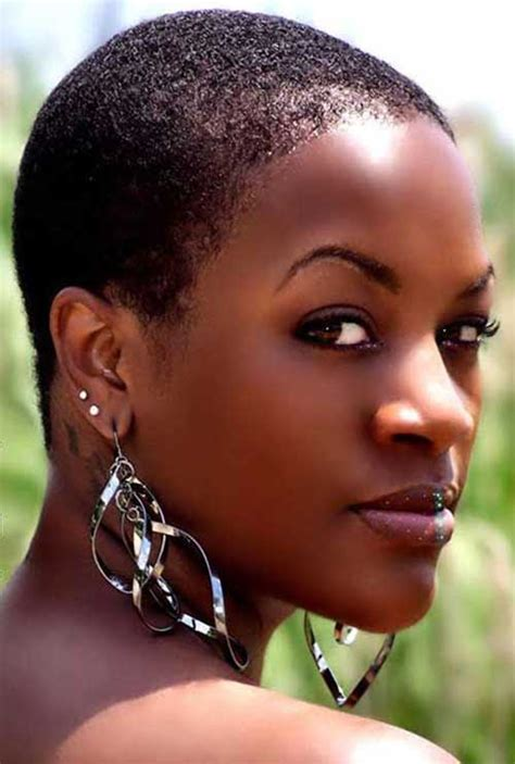 short natural hairstyle  black women