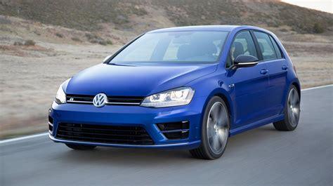 2016 Volkswagen Golf R Review