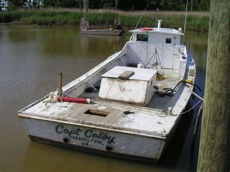 How To Work On A Crab Boat by 1000 Images About Chesapeake Bay Deadrise On