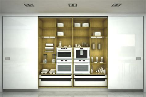 foto cocina oculta  puertas correderas blancas