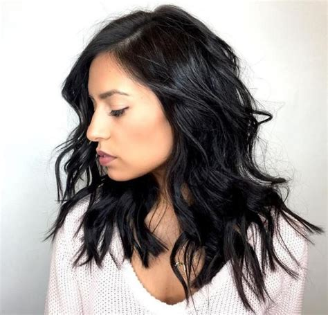 Black Layered Hairstyles For Medium Length Hair by 25 Best Ideas About Medium Black Hair On