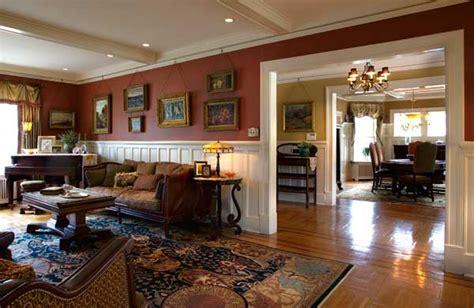 comfort class    colonial revival restoration design   vintage house