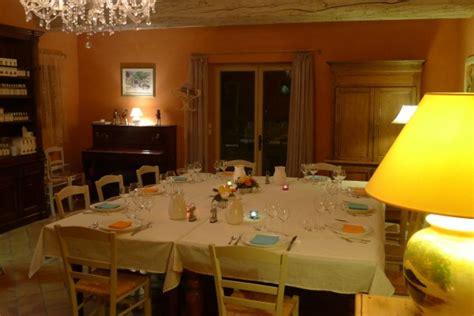 chambres d hotes grignan et environs chambres d 39 hôtes à chantemerle lès grignan le parfum bleu