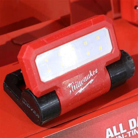 milwaukee redlithium usb tools flashlights heated