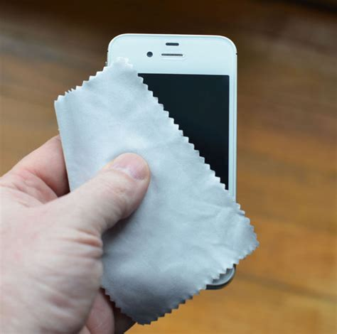 to clean iphone how to clean your iphone 5 maintenance for
