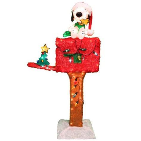 christmas peanuts yard displays christmas wikii