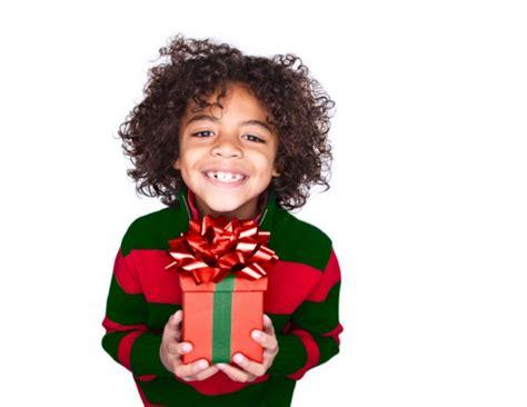 chambre gar輟n 12 ans idée cadeau noël garçon 12 ans originale pour surprendre votre petit gosse