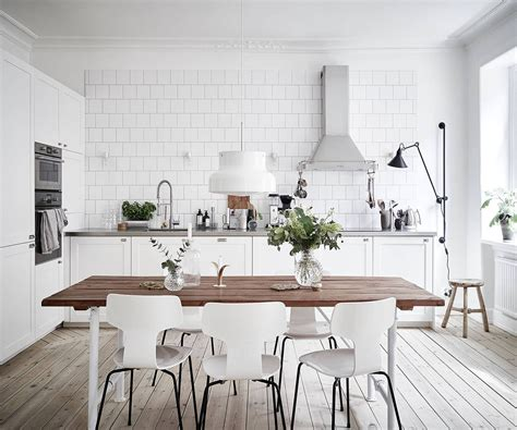 top  tips  adding scandinavian style   home