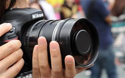 Camera Nikon Dslr Holding Hands Person Macchina