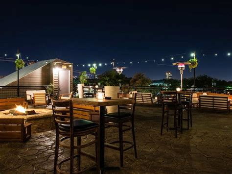 the 10 best new patios in dallas to drink and dine