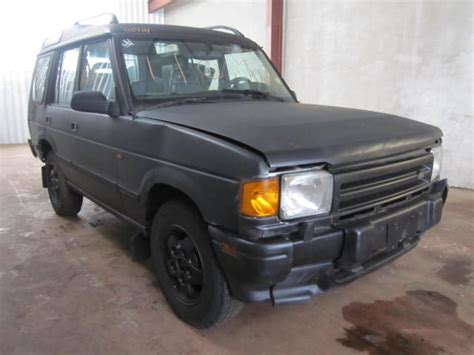 Parting Out 1996 Land Rover Discovery