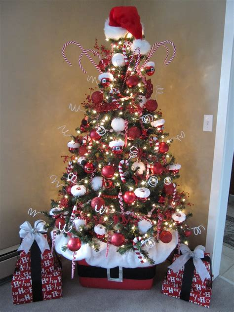 sew  ways   decorate  christmas tree