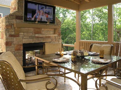 outdoor patio deck area