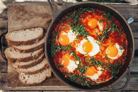 shakshuka recipe healthy breakfast recipes sbs food