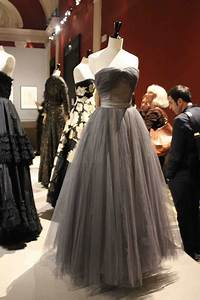Tenue Des Années 50 : robe cocktail ann e 50 ~ Nature-et-papiers.com Idées de Décoration