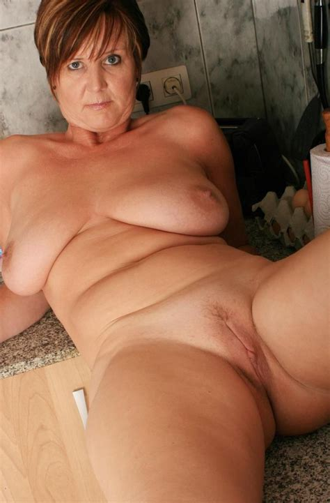 Naked Mature Granny Shaved Pussy Xxx Pics Fun Hot Pic