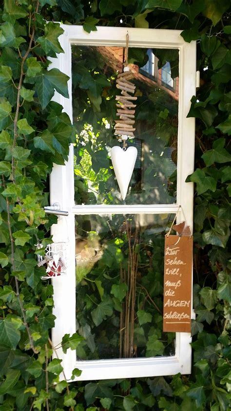 alte fenster deko die besten 25 alte holzfenster ideen auf fenster kunst alte fensterrahmen und