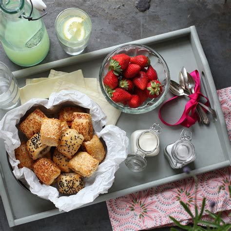 best picnic meals picnic ideas picnic food ideas what to make for a picnic best picnic food good housekeeping