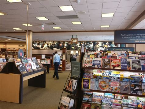 Barnes Noble Milwaukee barnes noble bookstore in milwaukee barnes noble