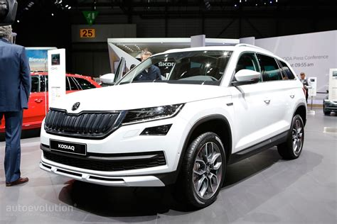 skoda kodiaq sportline skoda kodiaq sportline and scout show carbon and wood