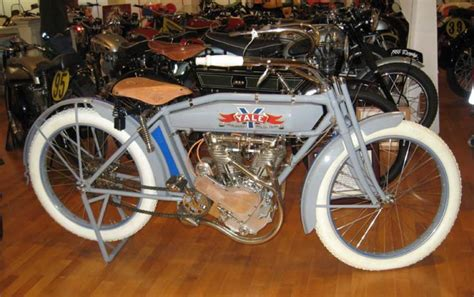 1913 Yale Classic Motorcycle Pictures