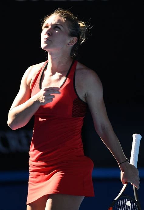 Australian Open 2018: Caroline Wozniacki tops Simona Halep for first Grand Slam - CBSSports.com