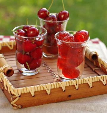 faire un roux cuisine cerises en conserve à l eau de vie au vinaigre confites les meilleures recettes de cuisine