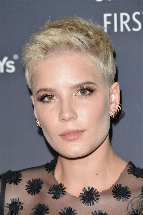 halsey delta air lines official grammy event  los angeles
