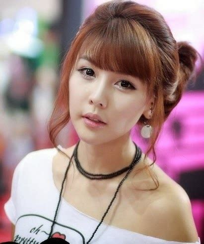Most 10 Beautiful Korean Girls New Hairstyle Images 2013