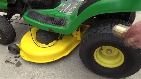 Deere L110 Mower Deck Adjustment by Deere La120 Mower Deck Adjustment
