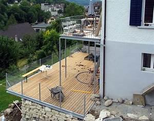 Geländer Holz Terrasse : balkon terrasse holzrost gelaender maschendraht 02 stahlbau architektur in 2019 pinterest ~ Watch28wear.com Haus und Dekorationen
