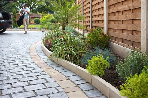 borders for gardens fairstone sawn versuro borders marshalls co uk