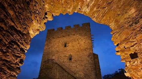 Dolwyddelan Castle Bing Wallpaper Download