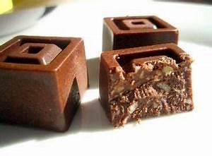 Gesunde Süßigkeiten Selber Machen : low carb schokolade mit gehackten n ssen low carb pinterest ~ Frokenaadalensverden.com Haus und Dekorationen