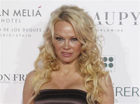 Pamela Anderson  élimination Express Dans Le Danse Avec