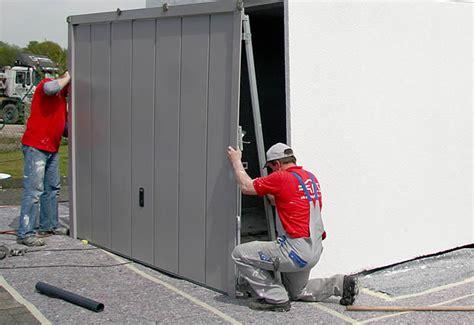 Garagentor Reparieren, Austauschen, Einbauen