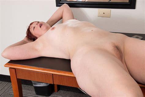 American Bbw Milf Scarlett Has Phone Sex In Office Porn