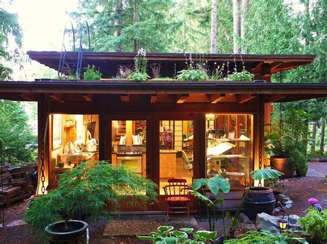 Beautiful Little House  Jeremy Lawson