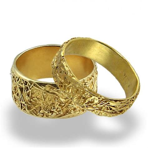 wedding rings for him and her gold wires weddings band set wedding rings women wedding band